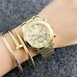 Reloj de metal online-36mm Relojes de pulsera de cuarzo para mujer para mujer Estilo falso de 3 ojos con alfabeto romano Banda de acero metal Reloj de cuarzo calendario