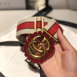 Cinghie elastiche rosse online-Cintura con fibbia in oro con fiore rosso con fibbia a forma di fiore con cinturini elastici, cinture elastiche per uomo, donna, alta qualità, nuove cinture da uomo, cintura di moda, spedizione gratuita
