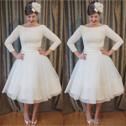 tea length vintage style dresses Promo Codes - Plus Size Short Wedding Dresses Vintage Style Scoop Neckline A-Line 3 4 Long Sleeve Tea Length Lace Bridal Gowns Vestidos De Noiva