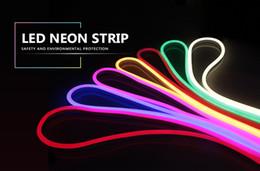 führte höhlenlampe Rabatt 220 V Neonlicht Streifen Flexible Outdoor Weihnachtsfeiertag Fee LED Streifen Seil Rohr SMD 2835 120 LEDs / M Streifen Lampe Mit EU Power