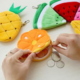 Peluche soldi online-100 pz / lotto frutta kawaii sacchetto della moneta della peluche nuova borsa portamonete cerniera gancio portamonete portafoglio portatile borsa da donna