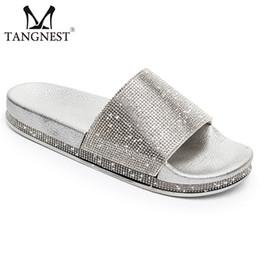 Tangnest Yeni Yaz Altın Terlik Flats Kadın Platformu Faux Rhinestone Gümüş Katı Creepers Bayan Rahat Moda Ayakkabı XWT1526 cheap silver rhinestone flats nereden gümüş elmas taklaları tedarikçiler
