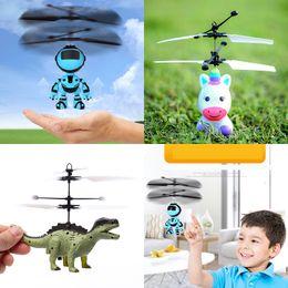 giocattolo del mulino a vento flash Sconti 3 stili Aircraft Sensing Giocattoli Robot Unicorn Dinosaur Led luminoso induzione Sospendere Aircraft Giochi per bambini regalo di Natale L491