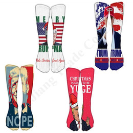 calze di natale lunghe Sconti Donald Trump 2020 Calzino Ginocchio Tubo Calze divertenti Terry di Natale stampato calzini di Hip Hop calza lunga casuale Medio Lungo Calze A110803