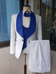 eine seite anzug silber Rabatt Hohe Qualität One Button White Side Vent Bräutigam Smoking Schal Revers Männer Anzüge 3 Stück Hochzeit / Prom / Dinner Blazer (Jacke + Hose + Weste + Tie) W459