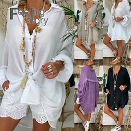 Бель и пуговицы онлайн-С Длинным Рукавом Плюс Размер Льняная Рубашка Женщины Белая Рубашка Пуховик Для Женщин Свободные Повседневная Хлопок Блузка Топы Корейской Женской Одежды J190610