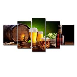 Bottiglie di dipinti online-(Solo su tela senza cornice) 5pcs bottiglia di birra barile hop malto casa dipinti birra tazza di arte della parete hd stampa su tela pittura moda appeso immagini