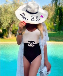 swimwear madura Desconto The Latest Design Of One-Piece Swimsuit Women's Fashion Word Double C Letter Embroidered Sexy Bikini Two Styles Free Shipping