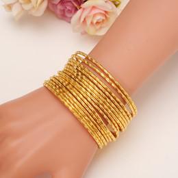 Farbe Armreifen Bangrui 24 Karat Gold Farbe Armreifen für Frauen Gold Armbänder Hochzeit Brautschmuck Joias Ouro Fabrik Preis Vintage von Fabrikanten
