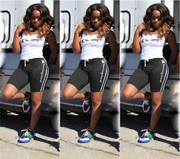 Women s suit sport on-line-Mulheres do verão Campeões Curto Treino 2 Peça Outfit Regatas Vest + Shorts Sports Suit Letra Impresso Sportswear Joggers Set 2019 A32607