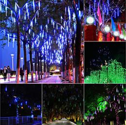 Meteore luci alberi online-8pcs / Set 30CM LED Meteor Shower String Light Impermeabile tubo pioggia Appeso Meteor Shower Rain tubo Albero di Natale ghirlanda