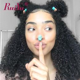 Perruque frisée 18 pouces en Ligne-Kinky Curly Perruques de Cheveux Humains 10-26 pouces Pré Cueillies 13X6 Avant de Lacet Perruques Avec des Cheveux de Bébé Brésilien Remy Cheveux Humains Pour Les Femmes Noires