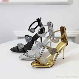 2019 nouveau style européen et américain or et noir et argent diamant décoration amour robe de mariée femmes chaussures ? partir de fabricateur