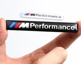 2020 autocollants de sport automobile Métal /// M Badge Emblem Sticker Motorsport puissance pour BMW M3 M5 X1 X3 X5 X6 E36 E39 E46 E30 E60 E92 Série métal marquage stéréo 3D autocollants de sport automobile pas cher