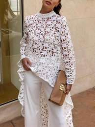 Canada Designer Femmes Dentelle Creuser Irrégulier Maxi Robe D'été Femmes Sexy Blanc Élégant Robes De Soirée 2019 Mode Printemps À Manches Longues Maille Robe supplier elegant long empire dresses Offre