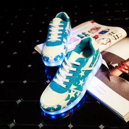 mens allumer des chaussures Promotion Hommes Panier Light Up Led Chaussures Hommes Chaussures Led Schoenen Unisexe Casual Amoureux Homme Luminous Femme Chaussures Lumineuse Pour Adultes X8YY8