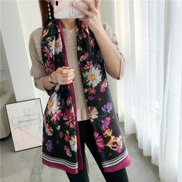 Lenços de seda de grandes dimensões on-line-Adorável veados flor impresso lenço de seda primavera e verão oversized cachecol mulheres protetor solar lenço longo xale SSXY022