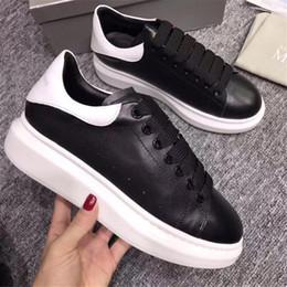 2019 kasten schön Alexander McQueens Velvet Black Mens Womens Casual Schuh Schöne Plattform Casual Sneakers Luxus Designer Schuhe Leder Plattform günstig kasten schön