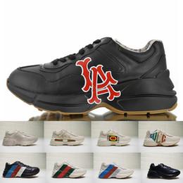 scarpe di marca degli uomini Sconti Gucci Men sneakers scarpe Top Quality  New NY Yankees Rhyton 8f44f36001b