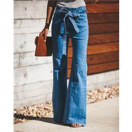 Ceinture bleu en Ligne-Cravate bleue taille évasée Jeans femmes slim pantalons en jean vêtements vintage 2019 printemps taille haute pantalon ceinturée stretch jambe large Jeans Y190429