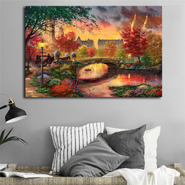 2019 stampe di thomas kinkade Autunno a New York Thomas Kinkade Wall Art Canvas Poster Prints Pittura di paesaggio Immagini a parete per soggiorno Home Decor stampe di thomas kinkade economici