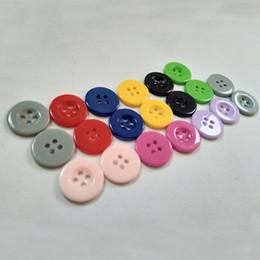 300 pcs / lot 20 mm Boutons de résine colorés à larges bords pour enfants avec 4 boutons de résine cousant sur une chemise à la main boutons de robe de bébé ? partir de fabricateur