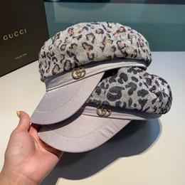 Berretto di design della nuova signora berretto di stampa leopardo moda semplice casual pittore cappello di alta qualità da berretto rosso maglia fornitori