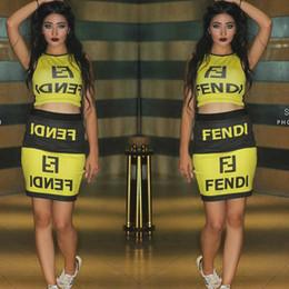 2019 senhoras curto dois vestidos peça FF Marca Designer De Mulheres Treino Vestidos de Verão Das Mulheres Dois Conjuntos de 2 Peças Shorts Fends T Shirt + Moda Saia Bodycon Senhoras Vestidos A52306 senhoras curto dois vestidos peça barato