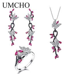 925 collane d'argento della farfalla insiemi online-Umcho creato Ruby Butterfly Jewelry Sets 925 gioielli in argento sterling elegante collana anelli orecchini per le donne Regali di nozze T190702