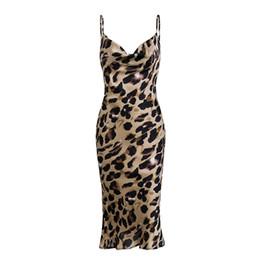 Pantalones cortos de leopardo de las mujeres online-Piel de leopardo atractivo de las mujeres del partido vestido sin espalda bodycon corto vestido del verano de la playa Vestido de tirantes de vacaciones vendimia Midi elegante