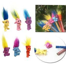 2019 fête des trolls 4 cm Mini Taille Trolls Poupée 6 Modèles PVC Action Figure Bonne Poupée De Chance Coloré Crayon Toppers Pour Enfants Jouets Cadeaux De Fête fête des trolls pas cher