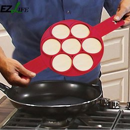 Neue silikon küche gadgets online-Küchenhelfer Gadgets Egg Werkzeuge Neue Nonstick Pancake-Hersteller-Form Spiegelei Gerät Silikon sieben Löcher Runde Crêpière Eier Mold Silikon