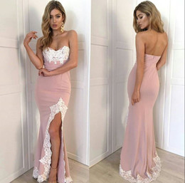 Strapless Spandex tecido rosa Prom Dresses Sereia White Lace Applique cocktail e partido Vestidos Low Back Dresses dança formal de