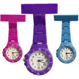 Relógio de bolso de quartzo plástico on-line-Projeto colorido de plástico enfermeira relógio moda feminina doutor médico FOB bolso pendurar relógios de quartzo atacado hospital relógio