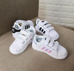 2019 zapatillas de correr Nueva marca Shell Head boy niñas Zapatillas de deporte Superstar niños Zapatos para niños nuevos zapatos stan zapatillas de deporte de moda zapatillas de deporte deportivas de cuero rebajas zapatillas de correr