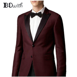 tuxedo del colletto di picco Sconti Borgogna Wedding Men Suit Peaked Collar Slim Fit 2 pezzi (Jacket + Pant) Custom Made For Smoking da sposa Groom Abiti formali