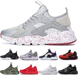 Pieno scarpe rosse online-Nike Air Huarache Running Shoes 1.0 4.0 Scarpe da donna da uomo di design Triple White Dot Nero Full Red Cool Grey Scarpe da ginnastica autoreggenti sportive Huaraches