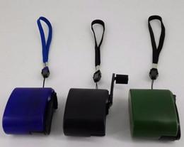 chargeurs portables d'urgence Promotion Main Power Dynamo Portable USB Chargeur D'urgence Manivelle Dynamo Universelle Téléphones Mobiles Charge En Plein Air Voyage Randonnée Outil CLS591