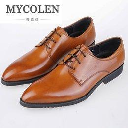 Großhandel Männer Leder Elegante Business Leder Schuhe Männer Luxus Schwarz  Braun Business Kleid Herren Echtes Leder Männer Schuhe cacf35eaa0