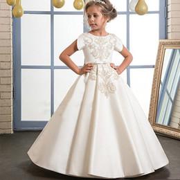 2019 vestido de chá de tule roxo Lindo ouro bordado marfim flor menina vestidos para o casamento de manga curta O decote barato primeiro santo comunhão meninas pageant vestidos