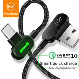 Mcdodo USB C Tipi 90 ° Naylon Şarj Kablosu Max 2A Çoğu C Tipi Cihazlar için LED Işık ile Hızlı Şarj nereden