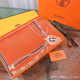 Novo lenço de seda de luxo para as mulheres primavera designer cavalo cachecóis longos envoltório com etiqueta 180x70 cm xales 24 dzx de