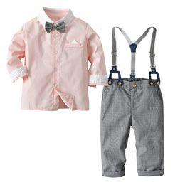 Bowtie del neonato online-2019 New Cartoon Cute 4Pcs Moda Toddler Baby Boy Bowtie Gentleman Solid Top T-Shirt pantaloni in tutto il partito vestiti Imposta