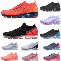 nuevos zapatos corrientes frescos Rebajas 2.0 Nuevas zapatillas deportivas para hombre Triples Blanco Negro Fresco Gris Entrenadores de TPU Entrenadores de diseño de moda Zapatillas deportivas 36-45