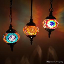 le lampadine hanno condotto la lampadina Sconti Artpad Decorazione in stile mediterraneo Lampada a sospensione turca fatta a mano con paralume in vetro Lampada a sospensione a mosaico per bar caffetteria Lampada a lampadina E14