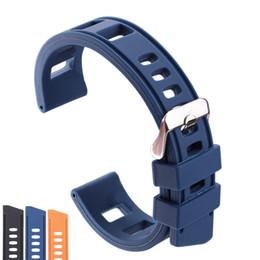 Черные полированные часы онлайн-Резиновые ремешки для часов браслет 20 мм 22 мм оранжевый синий черный женщины мужчины водонепроницаемый мягкий силиконовый ремешок для часов ремешок с полированной пряжкой