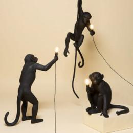 2019 levou luz lâmpada negra Modern Macaco Preto Corda de Cânhamo Pingente de Luz Moda Simples Arte Réplicas Nórdicas Resina Seletti Macaco Pendurado Lâmpada desconto levou luz lâmpada negra