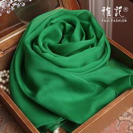 Smaragdseide online-Echte Seide Frauen Schal 2017 Sommer Herbst Winter Hohe Qualität Schal Mode Smaragd Grün Einfarbig Schals