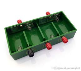 batterie 1.5v d Promotion Nouveaux boîtiers de batterie 1.5V X2 X4 D D Support de batterie Boîtier fermé Boîtier de batterie vert 3V 6V D