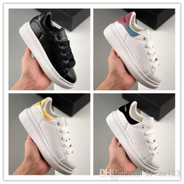 2019 zapatos de fiesta para niñas niños Diseñador barato para niños zapatos casuales mejor de alta calidad Boy Girls Fashion Sneakers Party Platforms deporte sneaker tamaño 24-35 zapatos de fiesta para niñas niños baratos